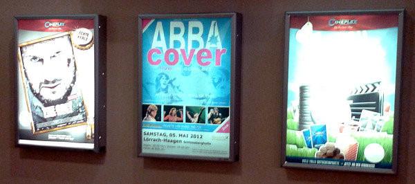 Plakatrahmen im Kino